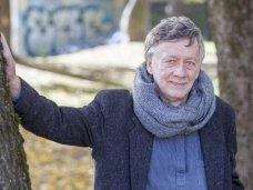 Antanas A. Jonynas: nėra didesnio iššūkio vertėjui ir malonesnio darbo poetui