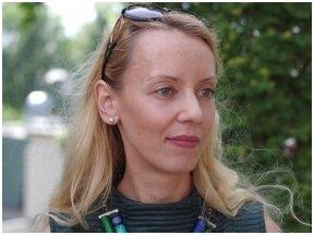 """Vertėjo krėslo premiją už romano """"Motinos pienas"""" vertimą gavo L. Laurušaitė"""