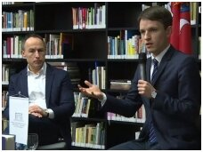 """Lino Kojalos knygos """"Europa?"""" pristatymas Nacionalinėje M. Mažvydo bibliotekoje (vaizdo įrašas)"""