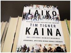 """Knygos recenzija. Timo Tignerio """"Laiko kaina"""" – kas nutinka, kai žmogus tampa nemirtingu"""