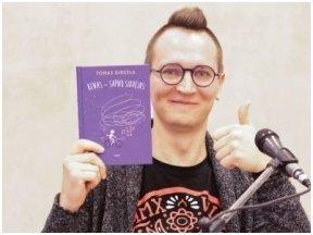 Kas nutraukia mylimo vaikų rašytojo sapnus? 10 faktų apie Tomą Dirgėlą