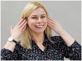 Veido mankšta: trys greiti pratimai raukšlėms prie ausų naikinti