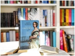 """Knygos apžvalga (Kavagėrio klubas). Lucy Worsley """"Karalienė Viktorija"""""""